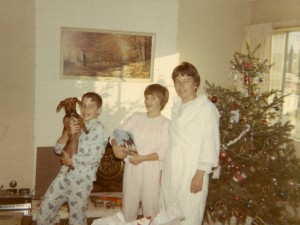 1967 Mom, Steven and Den on Christmas morning