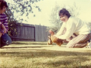 1975 Thanksgiving - Lora + Chicken