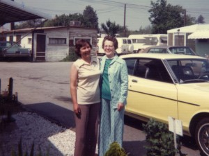 1976 Mom and Grandma Groves on Mothers Day